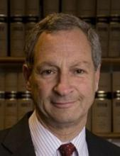 Mr Leslie Kosmin QC's picture